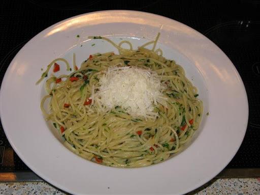 Spaghetti Aglio e olio e peperoncino