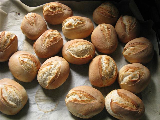 DDR-Brötchen nach Bäcker Süpke