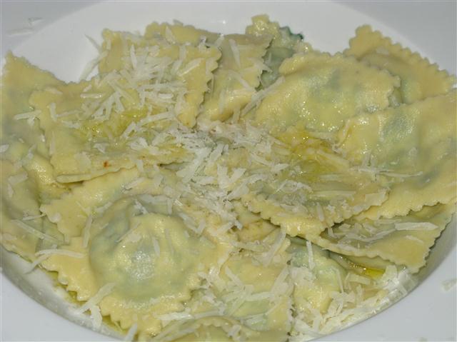 Ravioli mit Spinat und Ricotta
