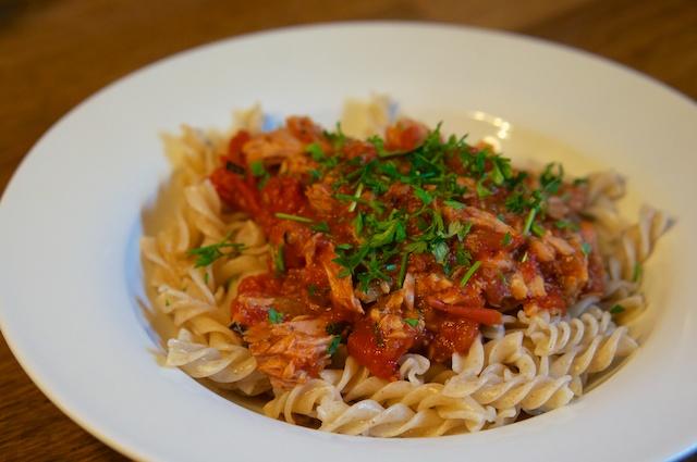 Spirelli mit Tomaten-Thunfischsauce