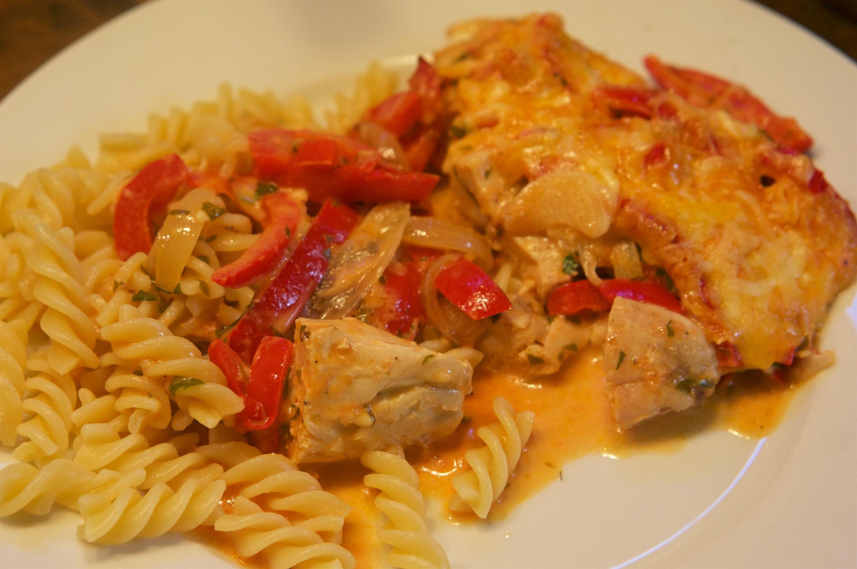 Paprika-Sahne-Hähnchen aus dem Ofen - Das Leben ist schön